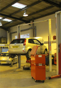 Mobile Tyre Service - Paisley, Scotland - Roadside Vehicle Services -